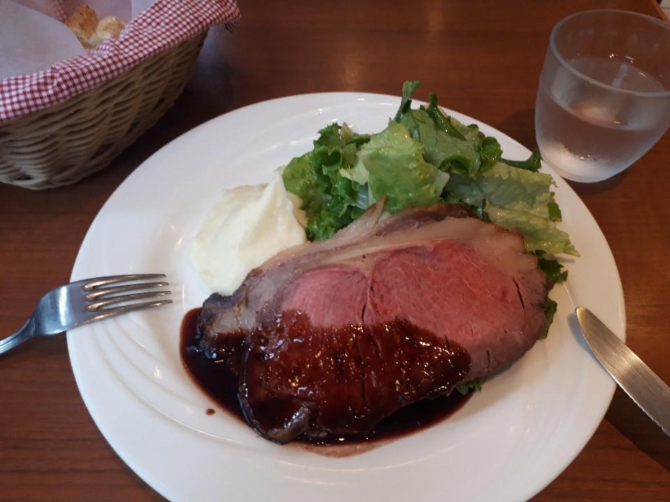 カフェ シェ・アンドレ・ドゥ・サクレクール (Cafe Chez Andre du Sacre-Coeur)