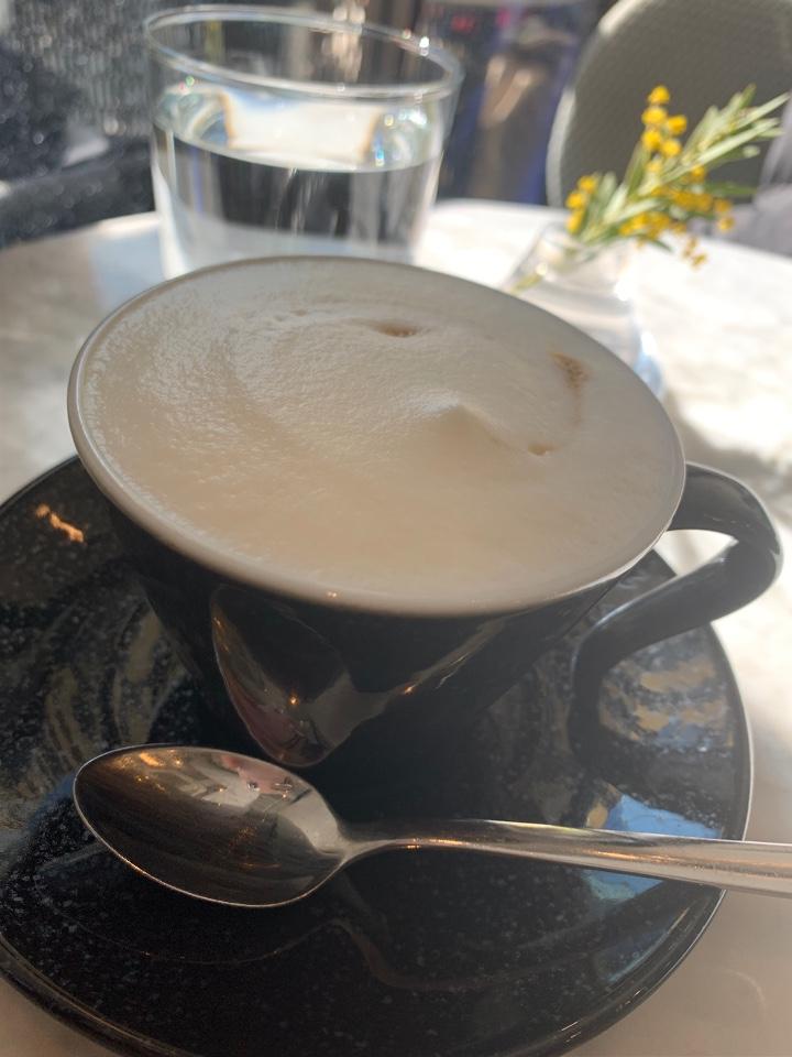 ELLE cafe Aoyama(エルカフェアオヤマ)の口コミ