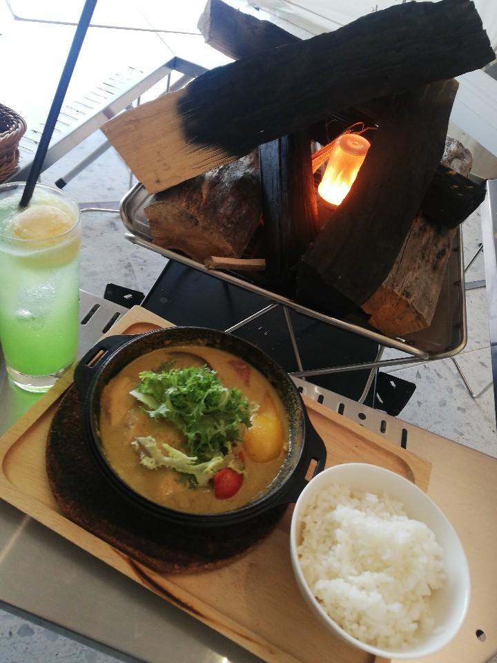 スノーピークイート久屋大通公園(Snow peak eat)