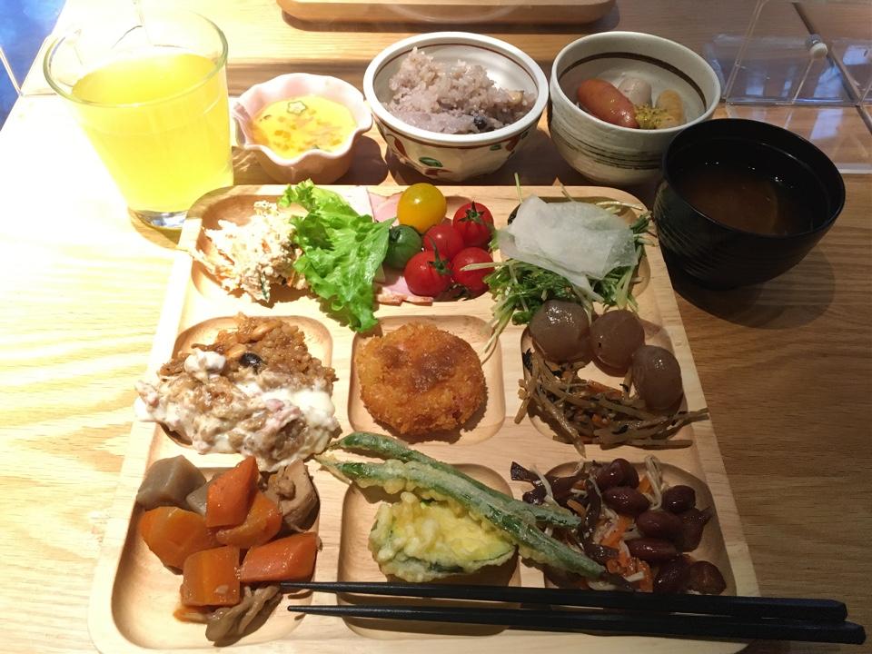 元気になる農場レストラン モクモク ジェイアール京都伊勢丹店