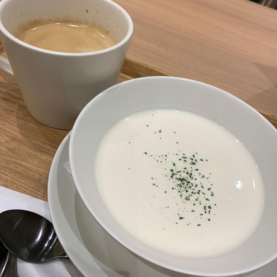 PIETRO A DAY SOUP SHOP & CAFÉ 横浜ベイクォーター店