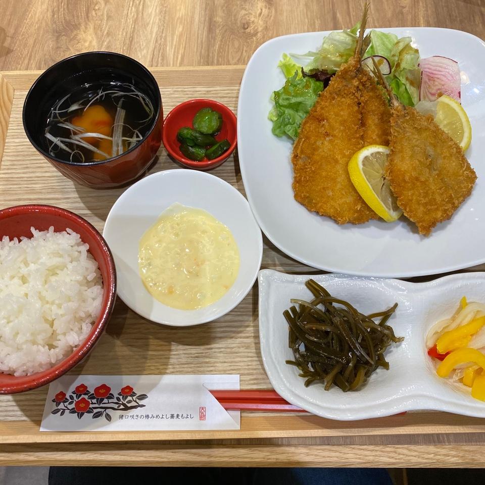 蕎麦・海鮮 伊予椿食堂 エミフルMASAKI店
