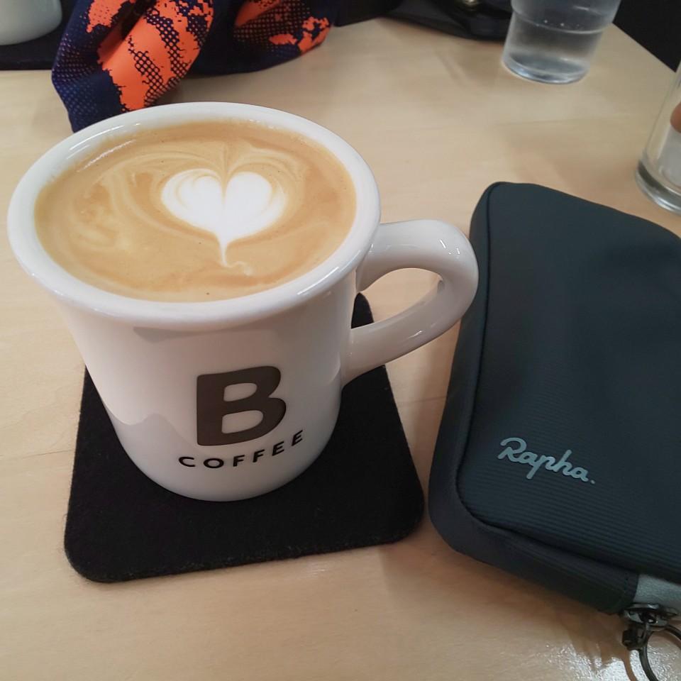 ブラウンコーヒー (BROWN COFFEE)