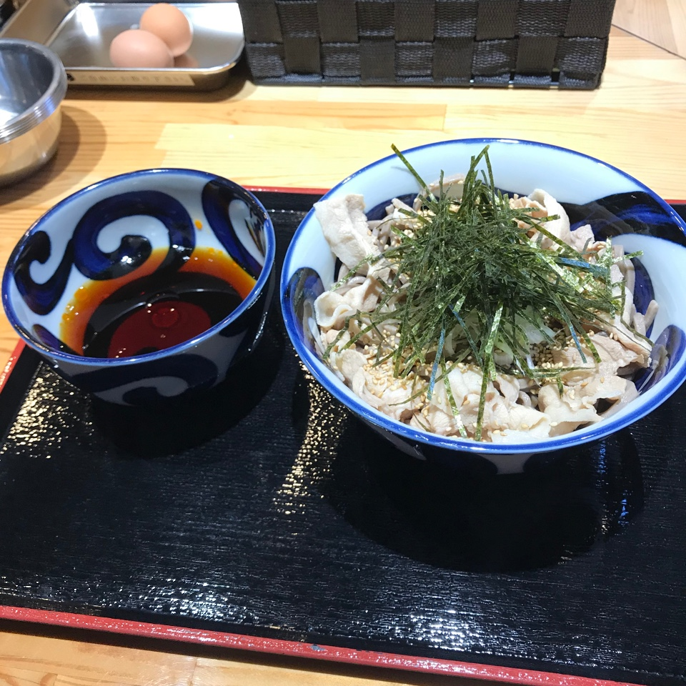 蕎麦とラー油で幸なった。日本橋店