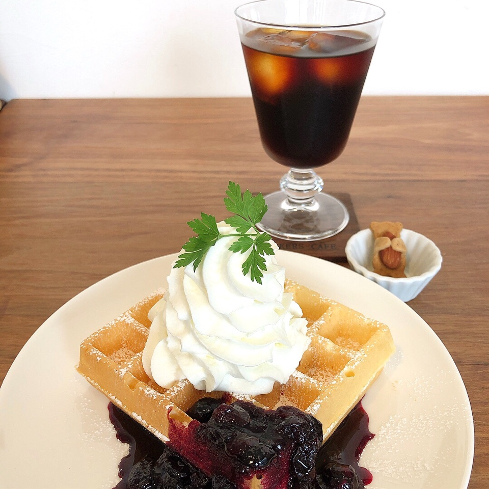 WORKERS CAFE  (ワーカーズカフェ)