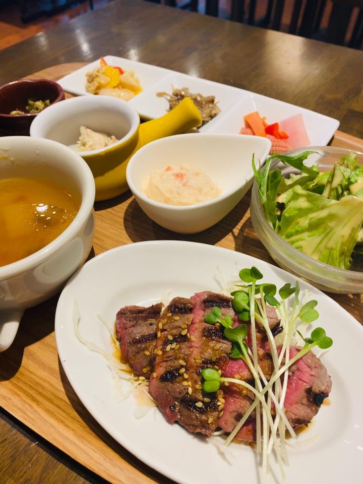 肉焼きワヰン酒場 テルミニ 姫路店