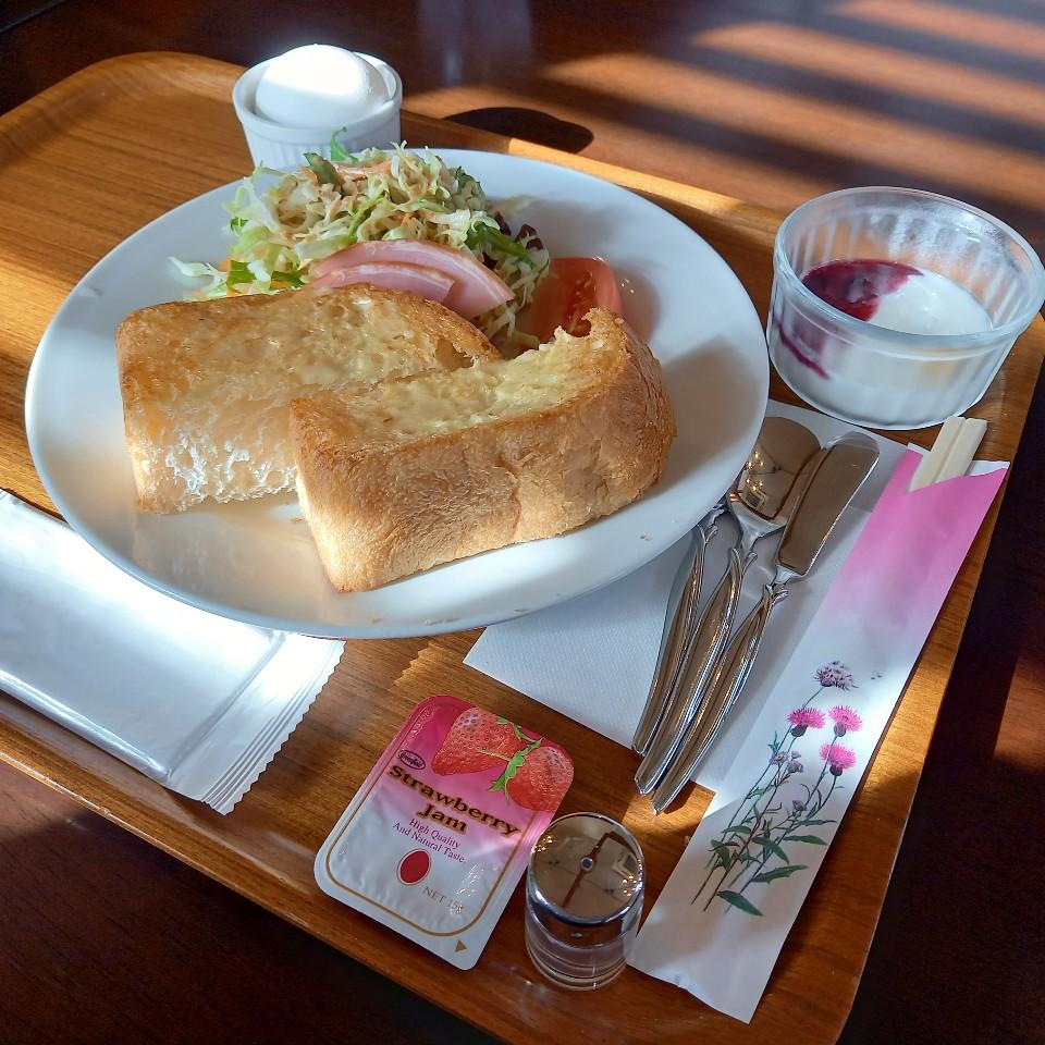 本格珈琲とお食事 わいずカフェ
