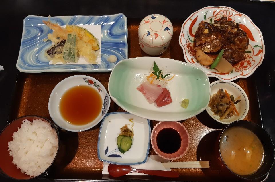 日本料理味のなかがわ