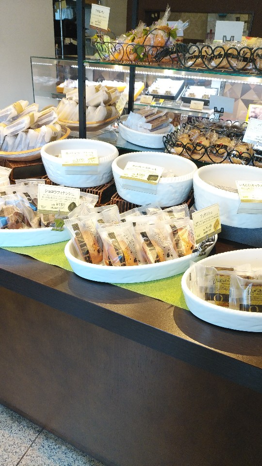 ドルセ洋菓子店 本店