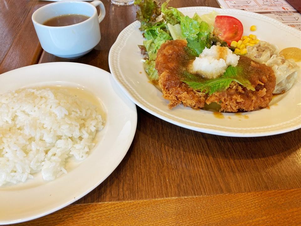 ロイヤルホスト 戸田店