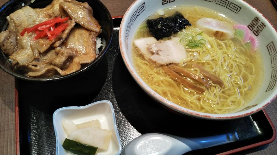 海鮮・焼肉バルNakagawa