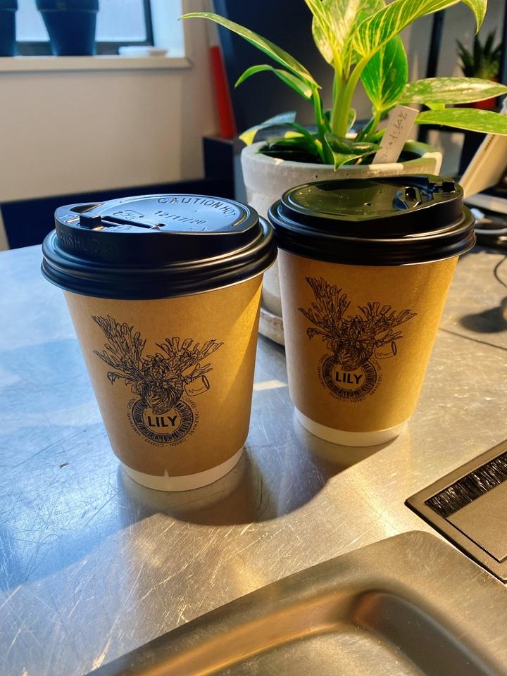 coffeegreen tableware LILY