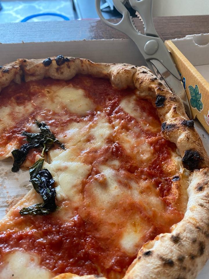 Pizzeria CAVALLO (ピッツェリアカヴァッロ)