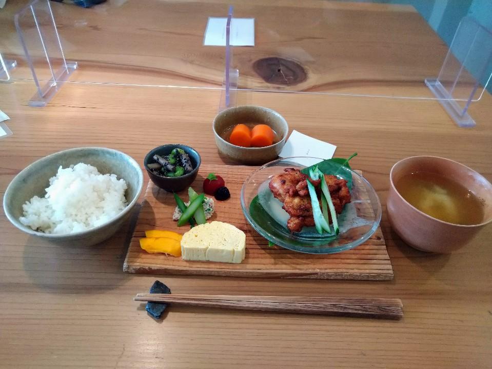 Dining & Cafe mikuri
