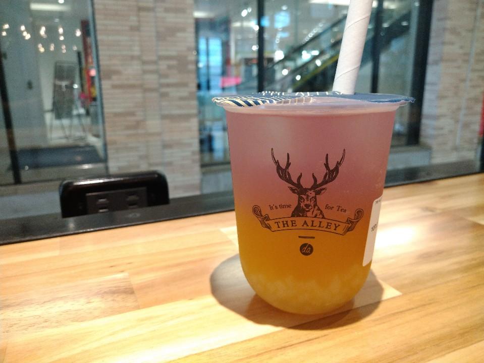 THE ALLEY (ジ アレイ) NU茶屋町店