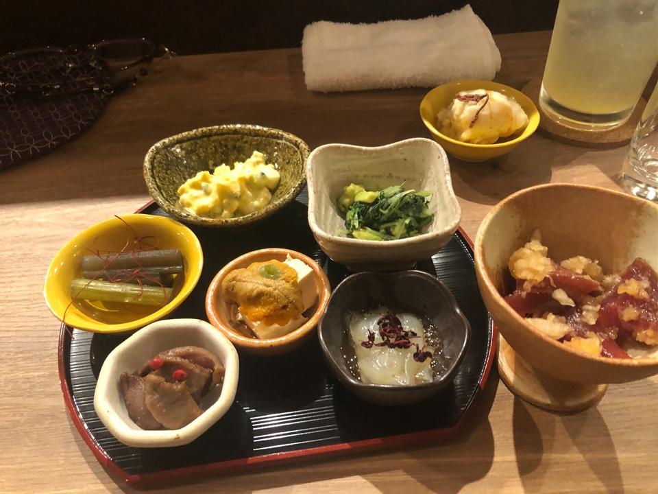 日本酒とナチュラルワイン KOUJINA