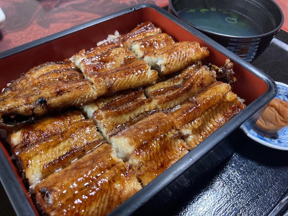 うなぎ魚三