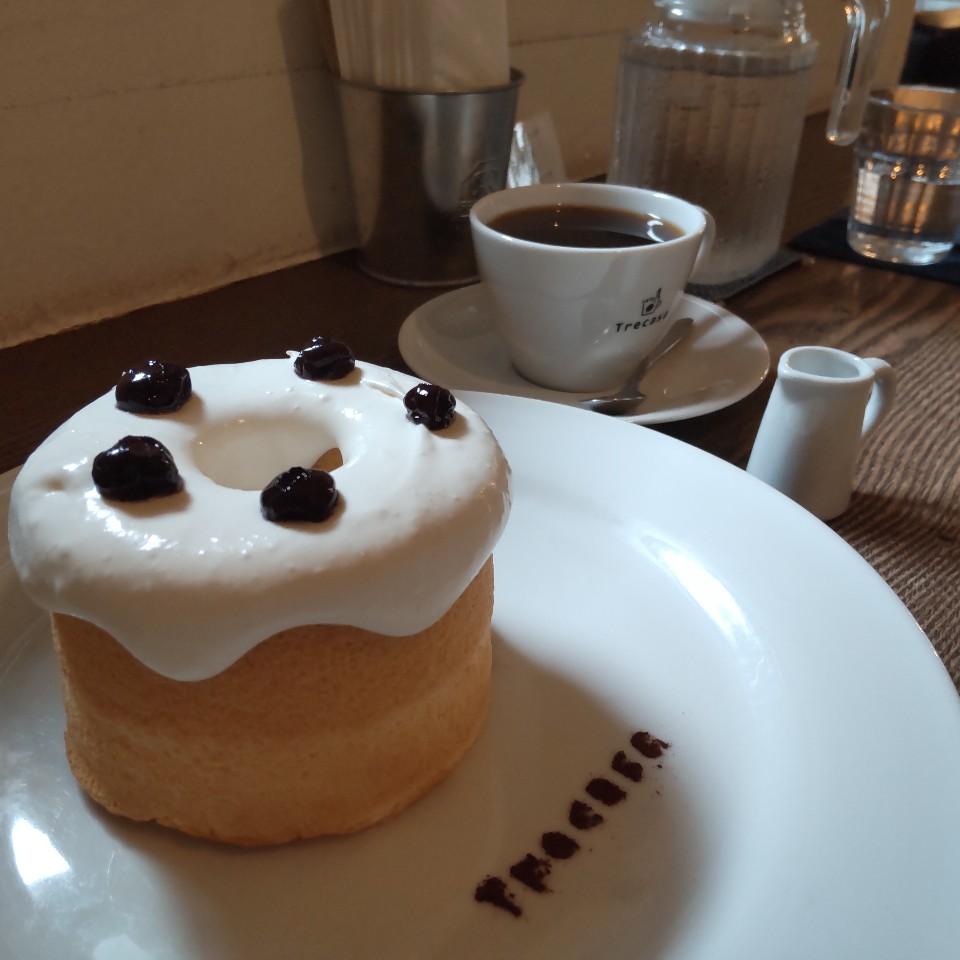カフェ トレサカ