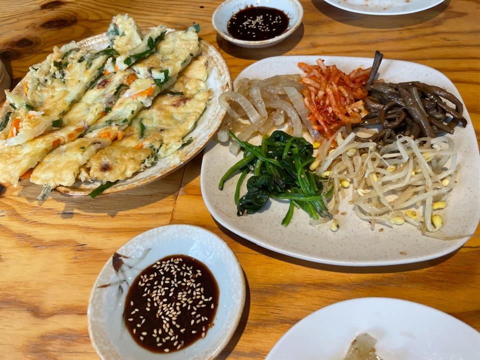 韓国家庭料理 まごころ食堂