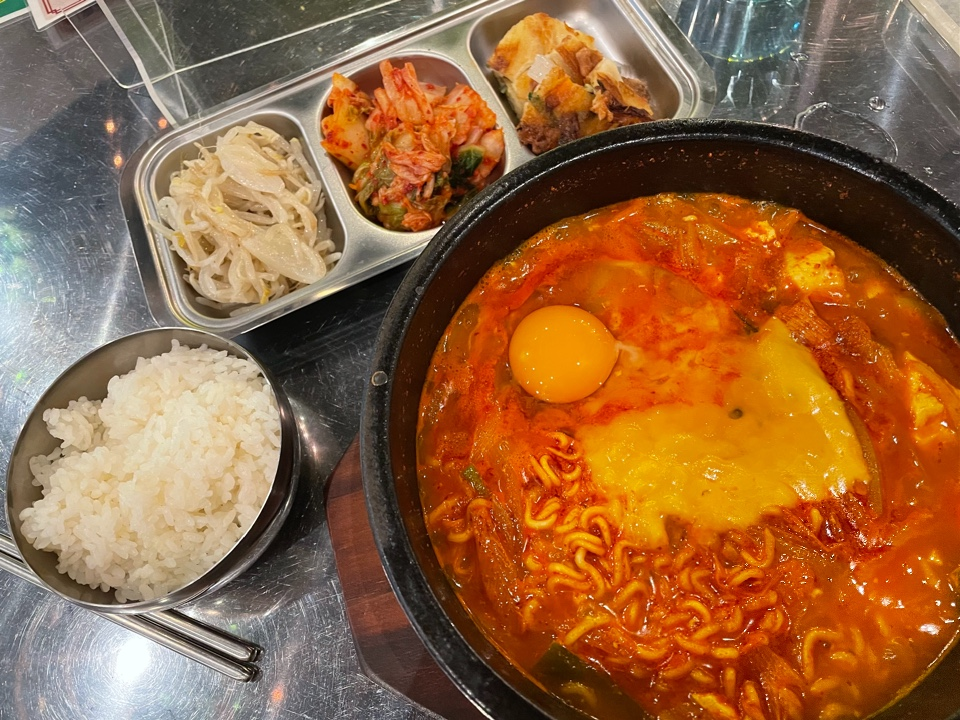 韓国食堂ココbyコッキオ