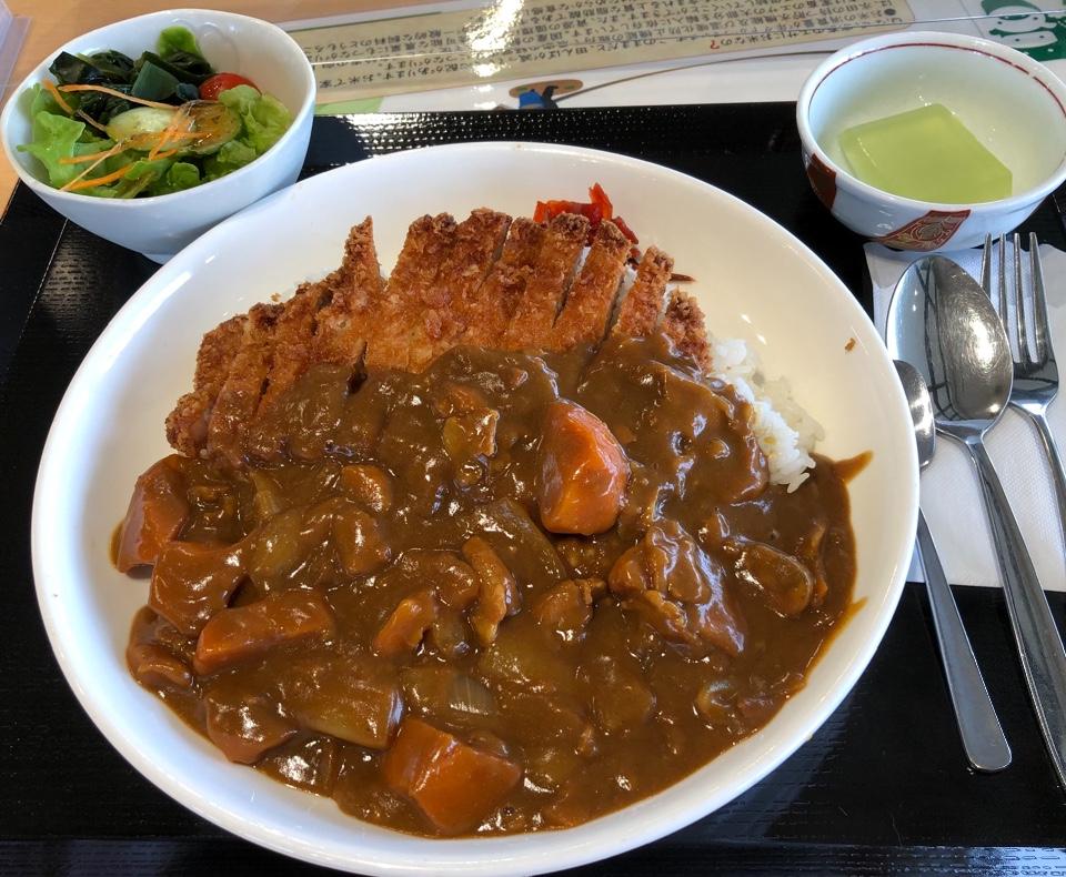 レストラン 四季食彩館