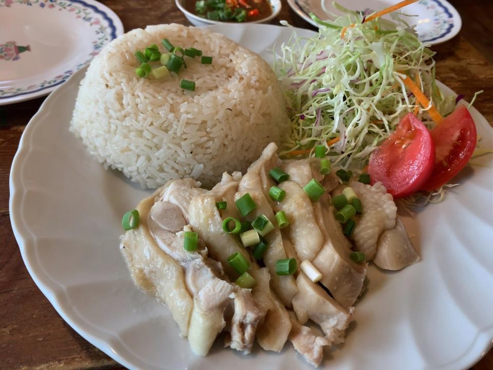 タイ家庭料理 アゲイン ティンの店