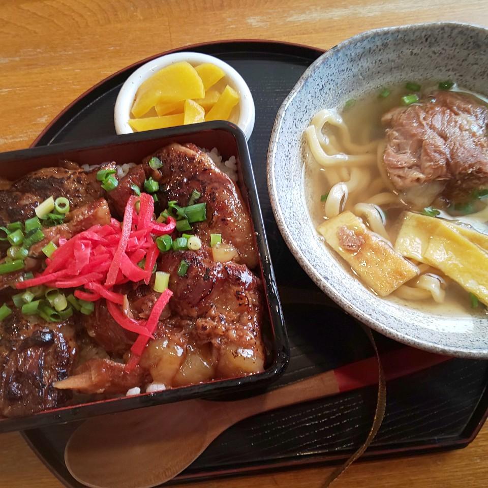 沖縄ぬ食堂 琉球泉風