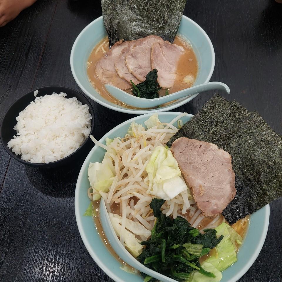 横浜家系 麺屋ばく