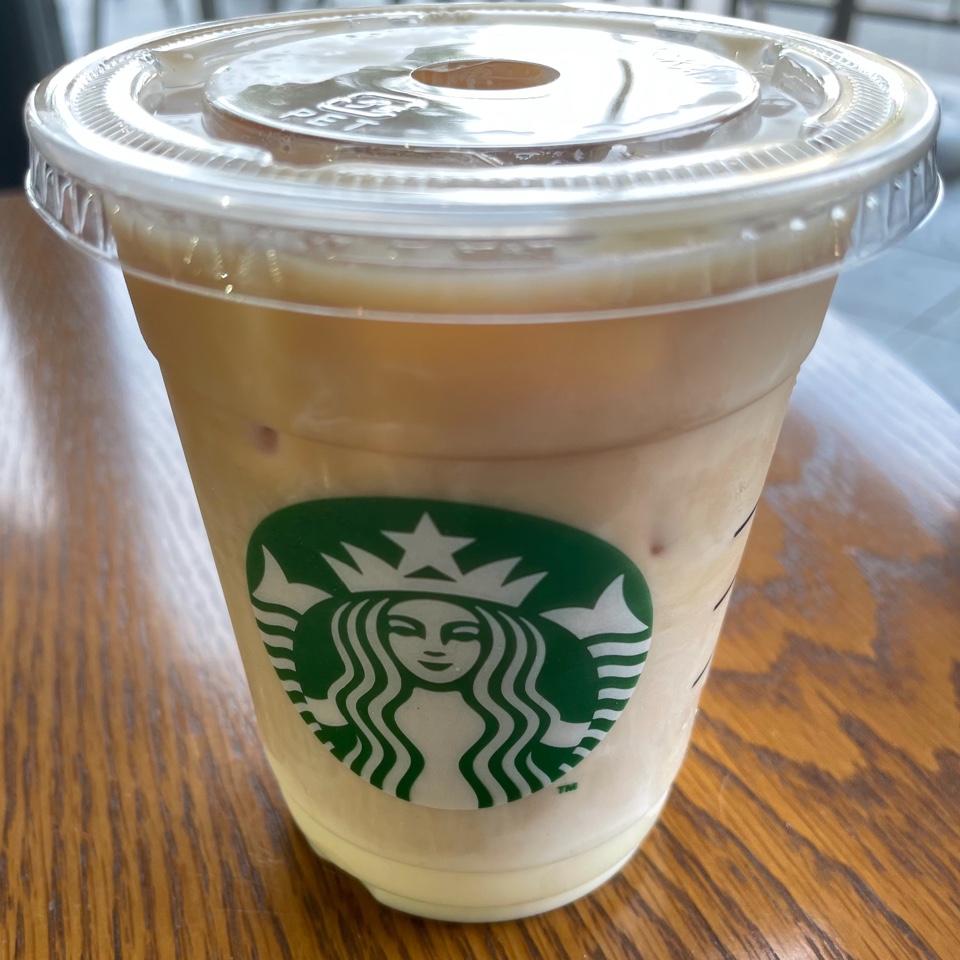 STARBUCKS COFFEE (スターバックス コーヒー)  高松丸亀町フェスタ店