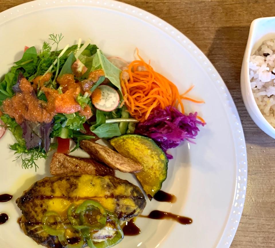 オーガニックカフェレストランレテラ