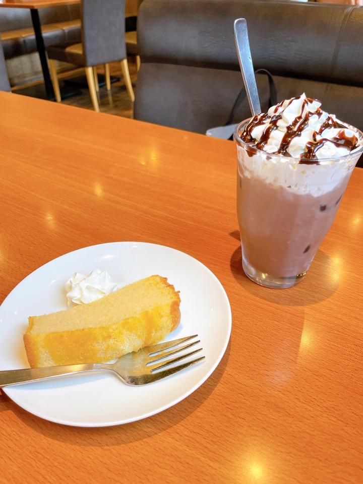 カフェヨシノ 阿久比店