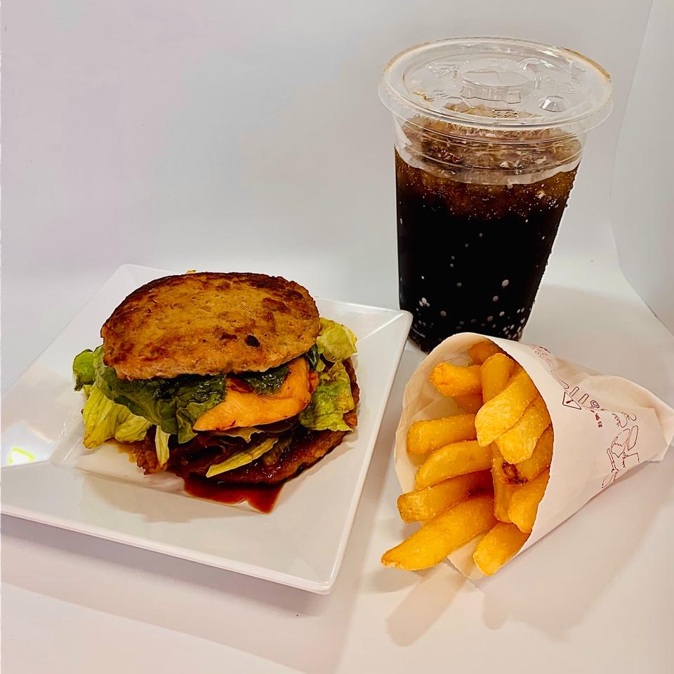 モスバーガーイオン飯田アップルロード店