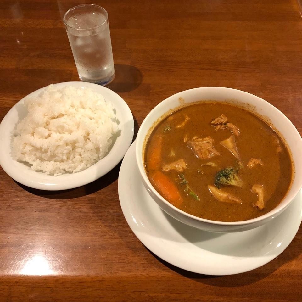 スリランカパブレストラン ライオンハウス スパイスガーデン