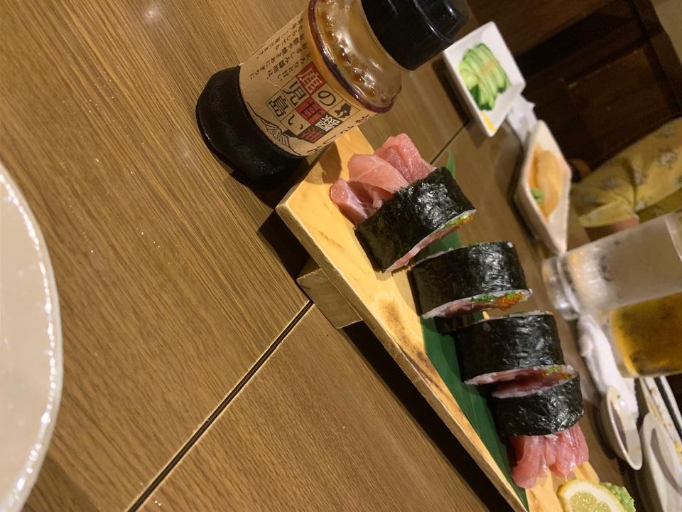 冷凍餃子のお店ぎょうざ丸長田店と居酒屋YSSの口コミ